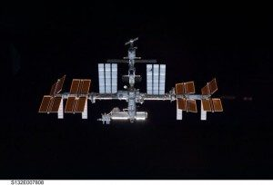 NASA spacewalkers start to change out ISS batteries