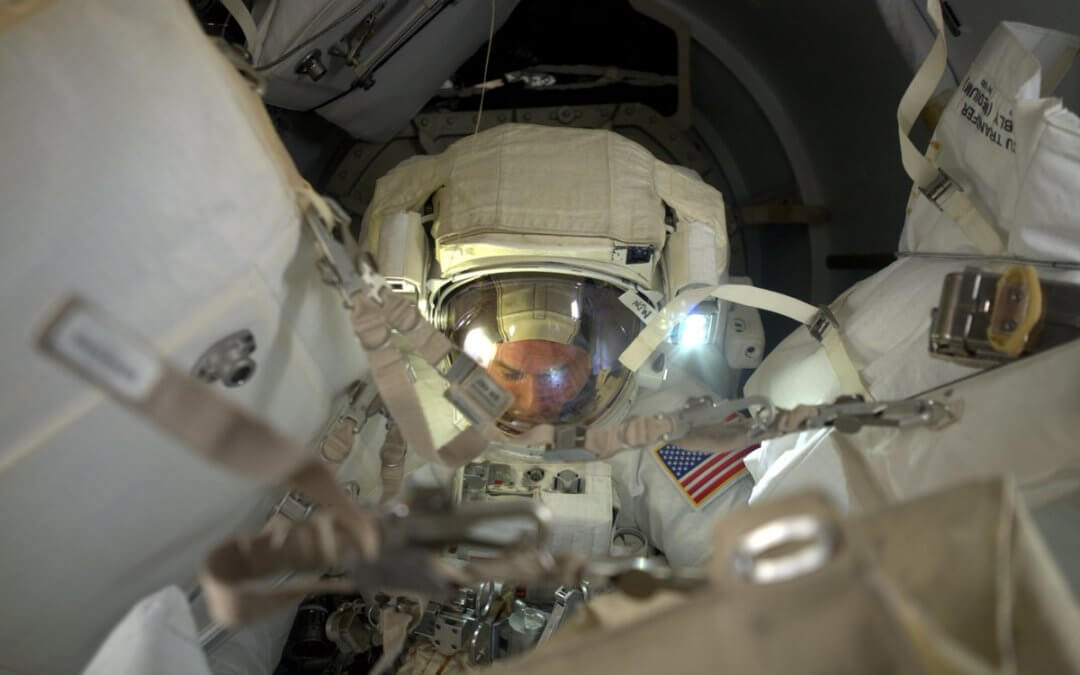 Spacewalk goes slightly awry as cover floats away to become debris (Updated)