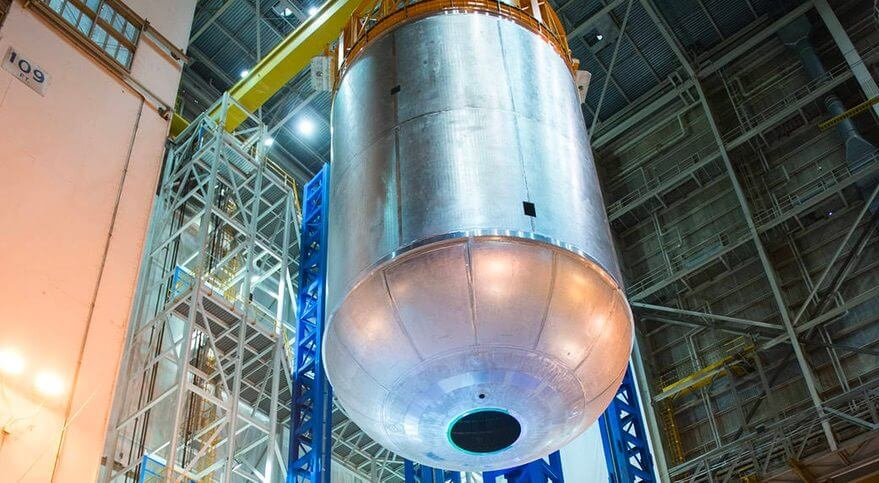 "NASA drops a clanger as it damages SLS tank dome ""beyond repair"""