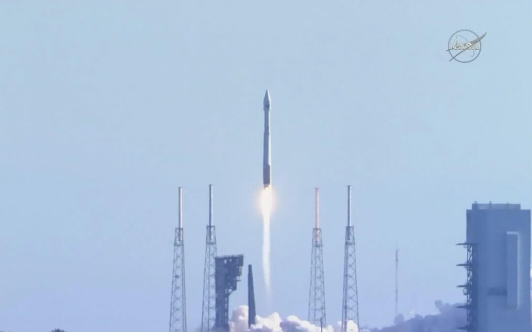 Atlas V rocket carries TDRS-M relay satellite to geosynchronous orbit