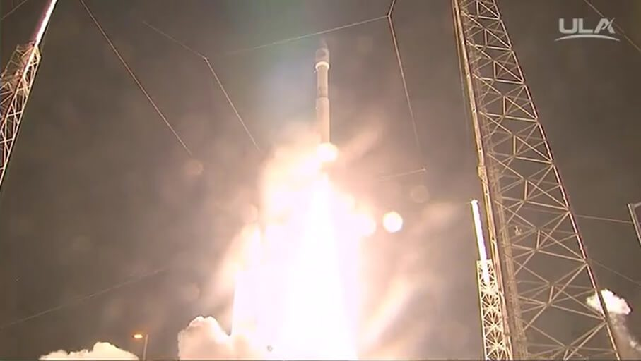 Atlas V launches data relay sat on NRO L-52 mission