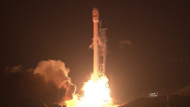Falcon 9 launches ten Iridium NEXT satellites from Vandenberg