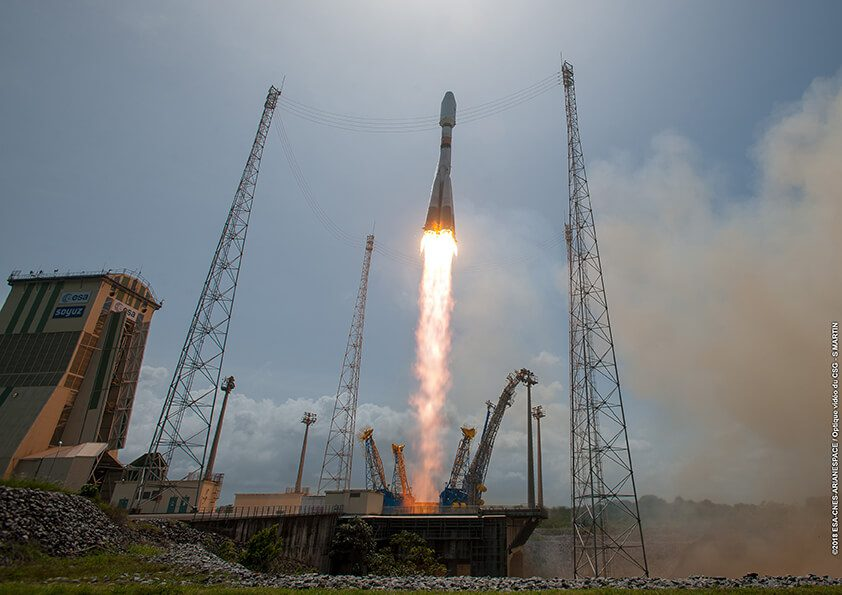Soyuz launched from French Guiana successfully puts four O3b satellites into orbit
