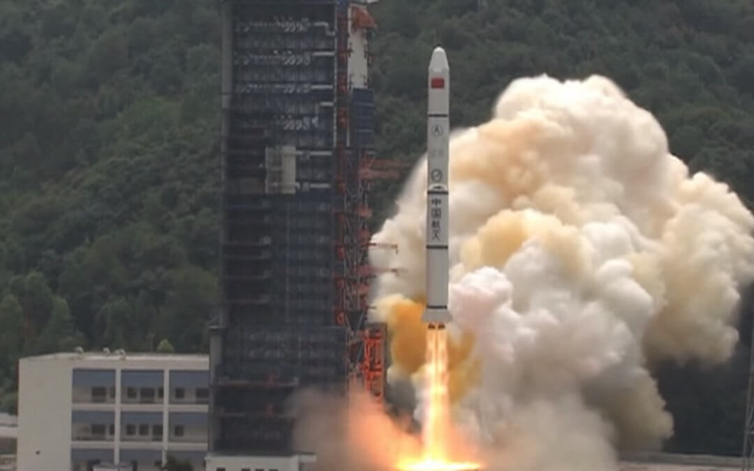 China launches pair of experimental satellites