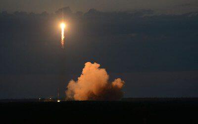Glonass satellite is launched by Soyuz 2-1b/Fregat M