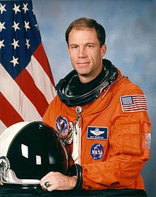 On a sadder note: Astronaut and test pilot Rick Searfoss has passed away