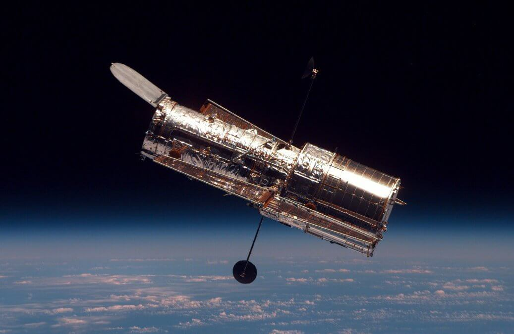 Hubble has gyro woes and falls into safe mode…then Chandra does the same (Updated)