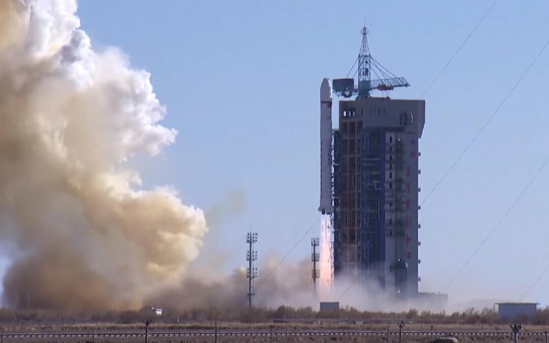 Chinese Long March-2D rocket launches 12 satellites to LEO