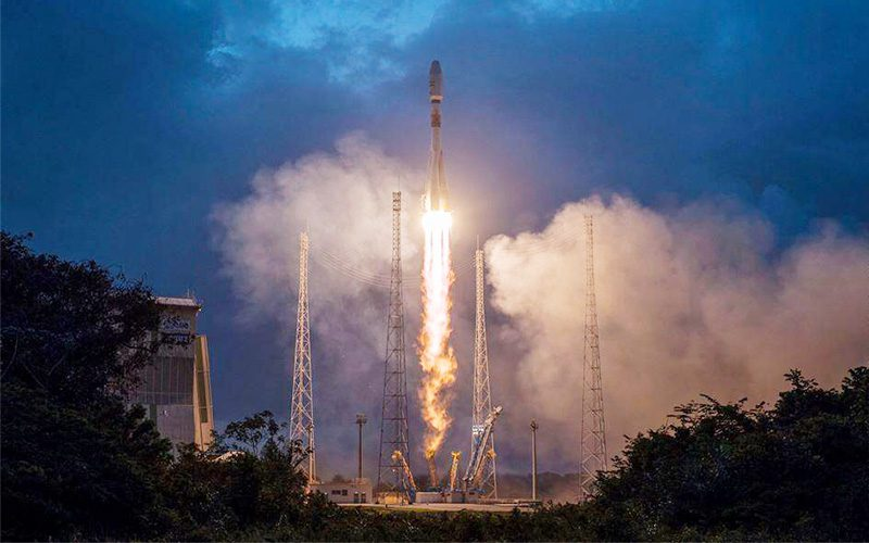 OneWeb launch their first six fully operational satellites
