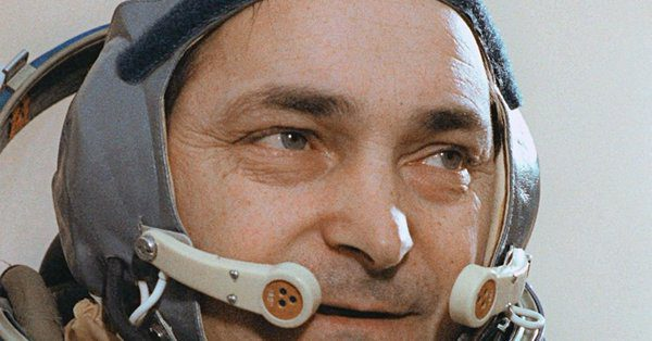 On a sadder note: we say goodbye to Vostok and Soyuz cosmonaut Valery Bykovsky and to US actor and voice provider Shane Rimmer
