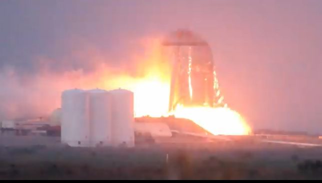 Stainless Starhopper test rocket makes static firings and tethered hops as SpaceX destroys large composite tank tooling