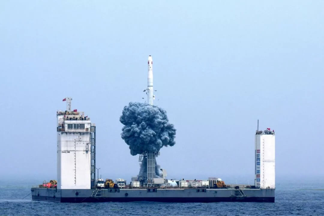 """China makes its first """"sea launch"""" with Long March 11 flight"""