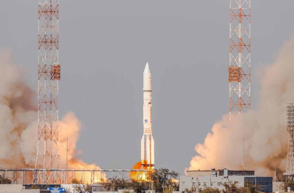 Proton M flies Eutelsat 5 West B comsat and MEV-1 servicing spacecraft into orbit…then ILS President Kirk Pysher resigns