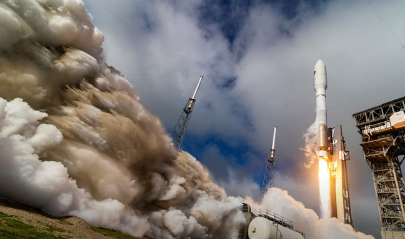 X-37B/OTV-6 minispaceplane mission and Falconsat 8 is launched to orbit on Atlas V