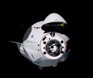 Businessman offers up US$100 million to part fund charity spaceflight on SpaceX Crew Dragon/Falcon 9 combo