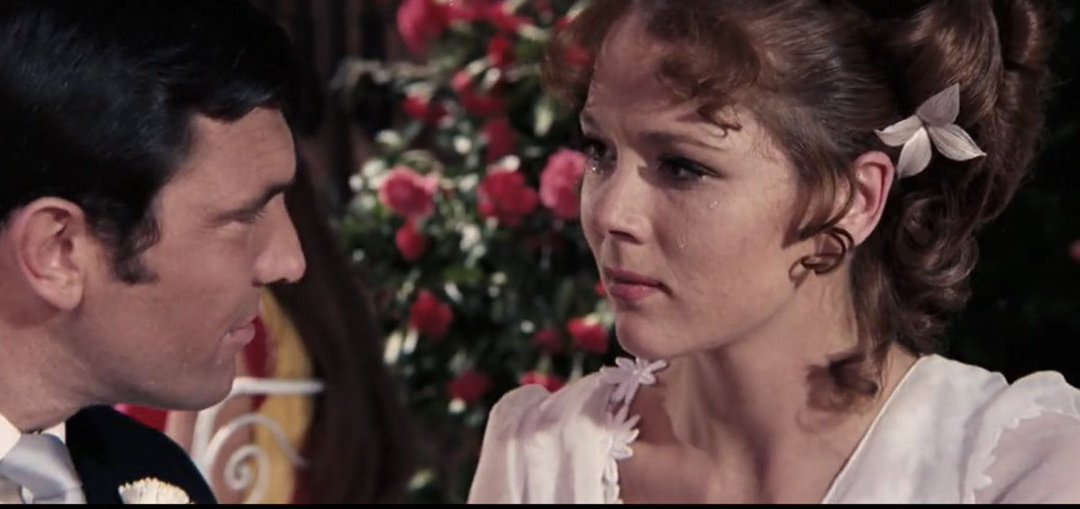 On a sadder note: Accomplished actress Diana Rigg dies at 82 as does Bond villain actor Michael Londale, singer Ronald Bell, Judge Ruth Bader Ginsburg and great newspaper editor Sir Harold Evans