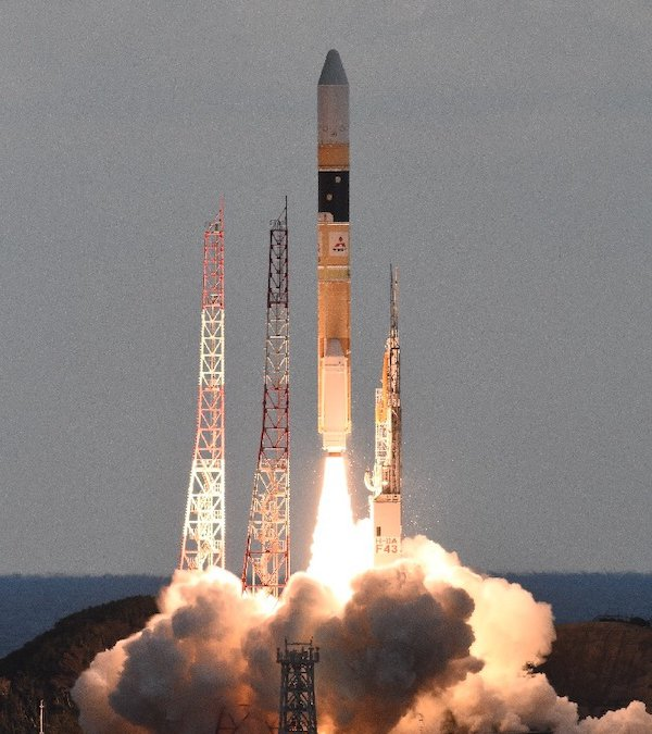 H-IIA launches Japanese data relay satellite JDRS-1