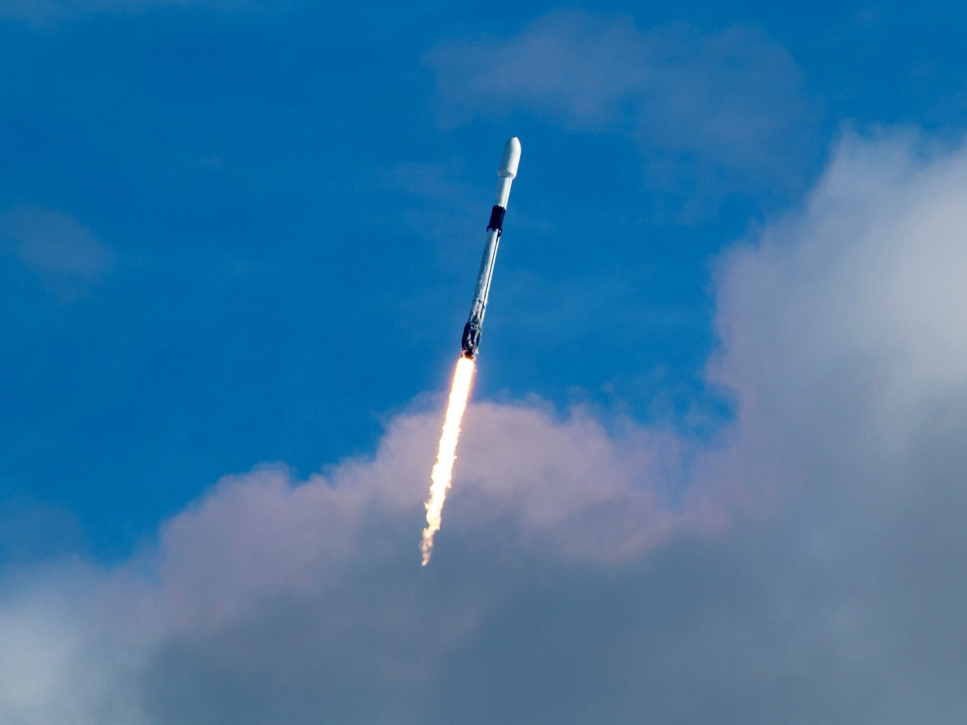 Record breaker! 143 satellites carried by SpaceX Falcon 9 was most ever launched on single rocket