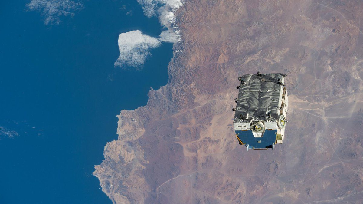 """International Space Station: Astronauts make another spacewalk and CubeSats are ejected as was a """"spacejunk"""" pallet…plus a reparking of Soyuz MS-17"""