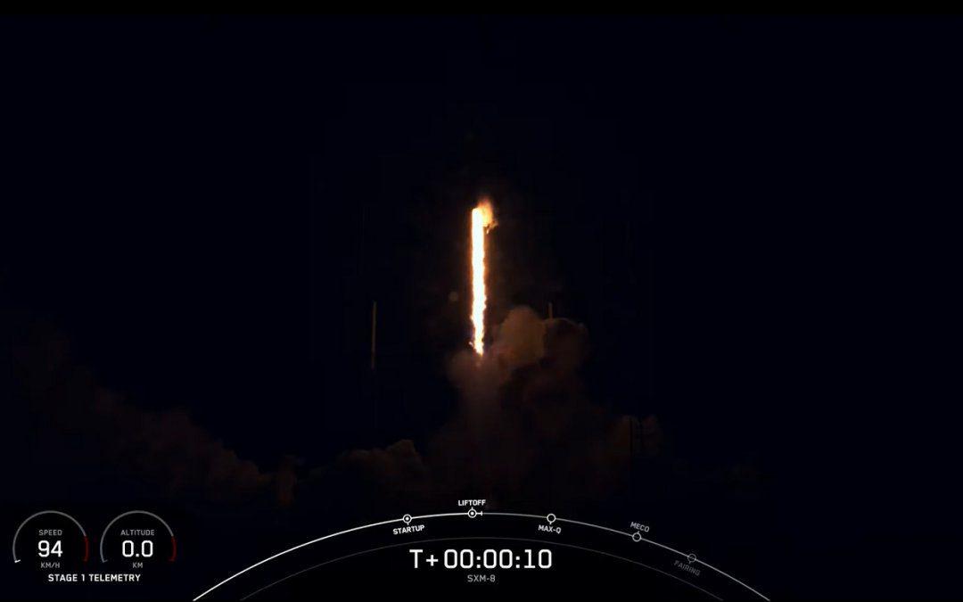 SpaceX launches SXM-8 toward GEO