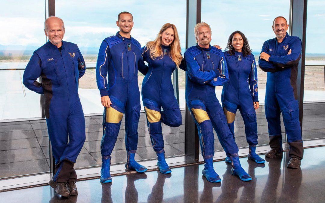 Branson & Bezos race to space