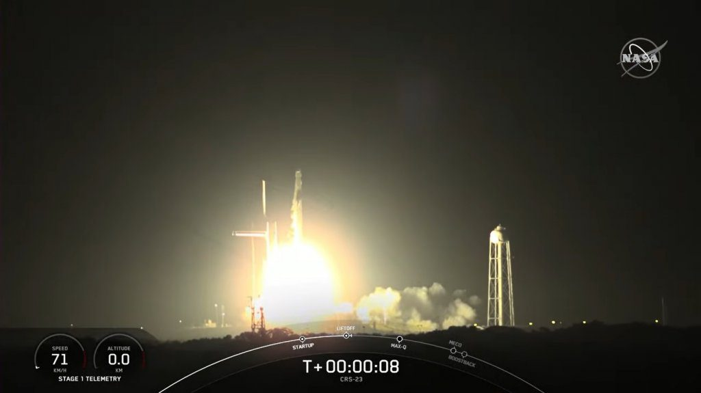 SpaceX returns from summer slumber to launch a Dragon to resupply the ISS